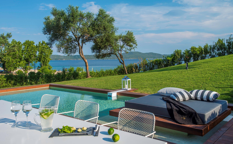 Event Villas Halkidiki_Dinner around Pool