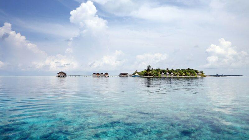 Private Island Resort Maldives_from boat_16-9